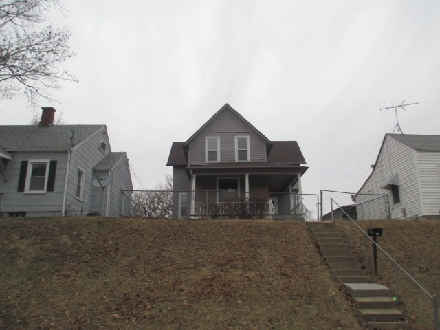 Photo of 1342 W 12TH Street  Davenport  IA