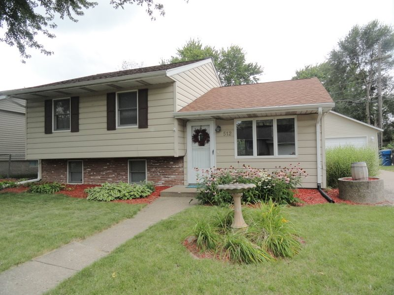 Photo of 512 W 31ST AVE  Milan  IL