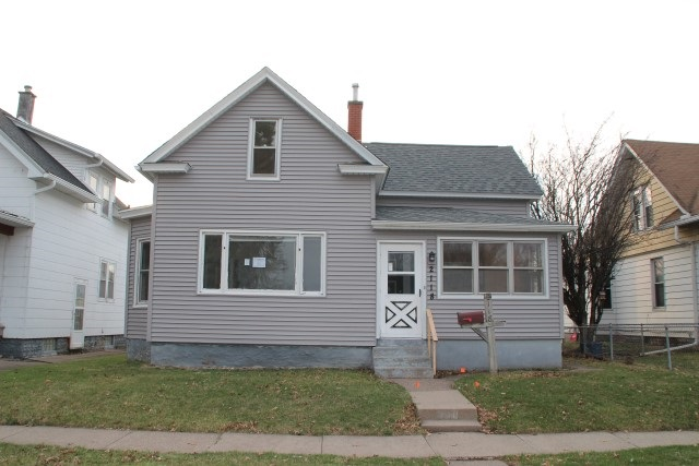 Photo of 2118 N STURDEVANT Street  Davenport  IA