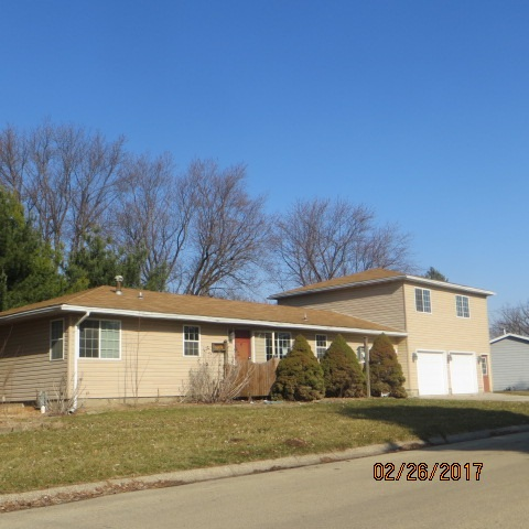 Photo of 2530  WESTHAVEN Place  Clinton  IA