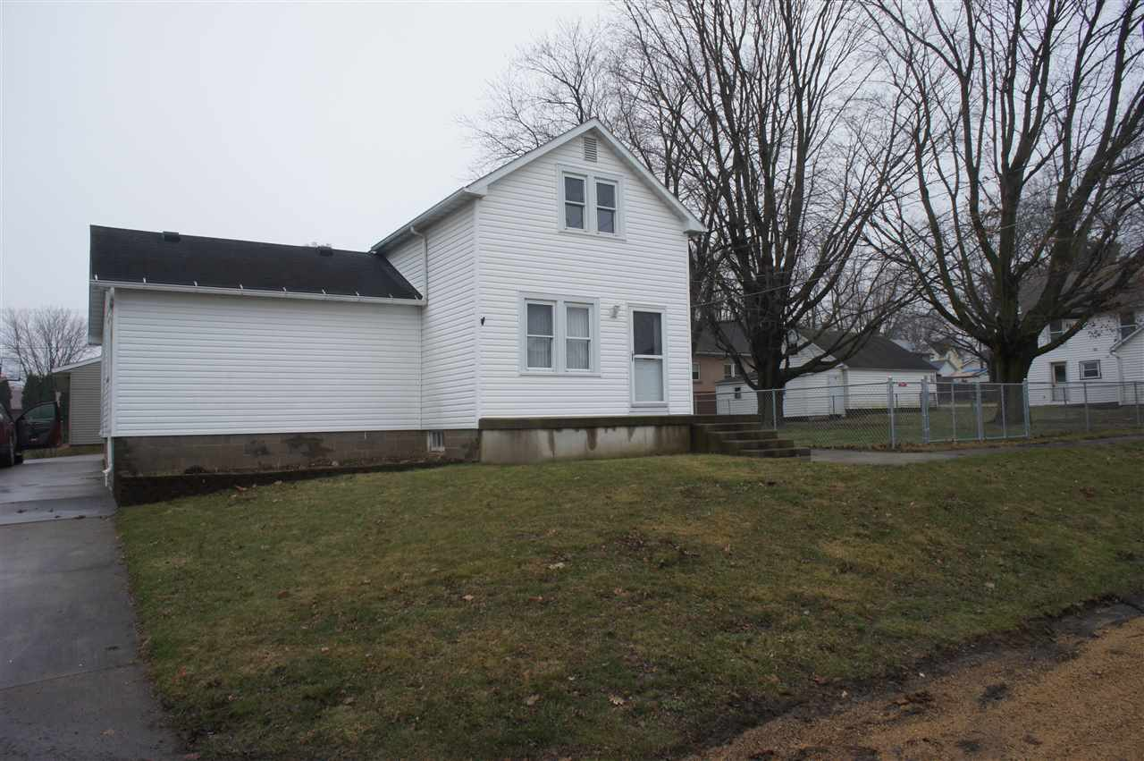 Photo of 121 E DEGROAT Street  Preston  IA
