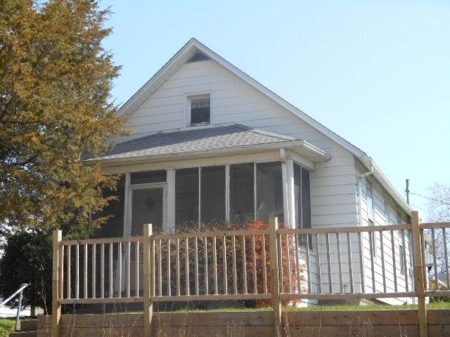 Photo of 2107 W LOMBARD Street  Davenport  IA