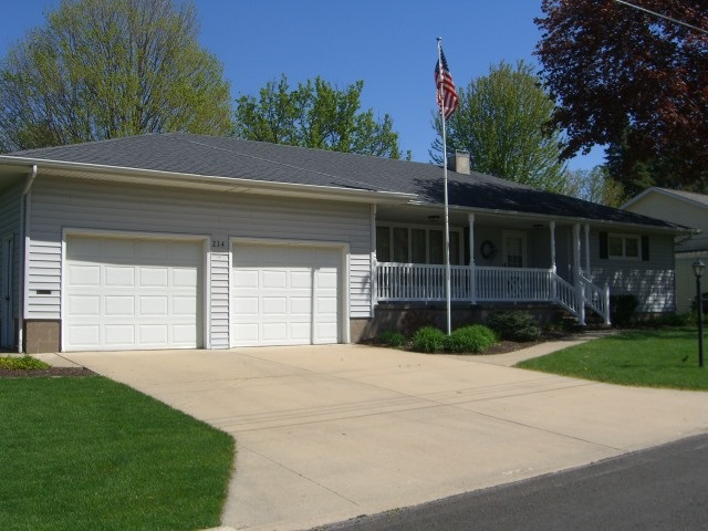 Photo of 234  HILLCREST DR  Geneseo  IL