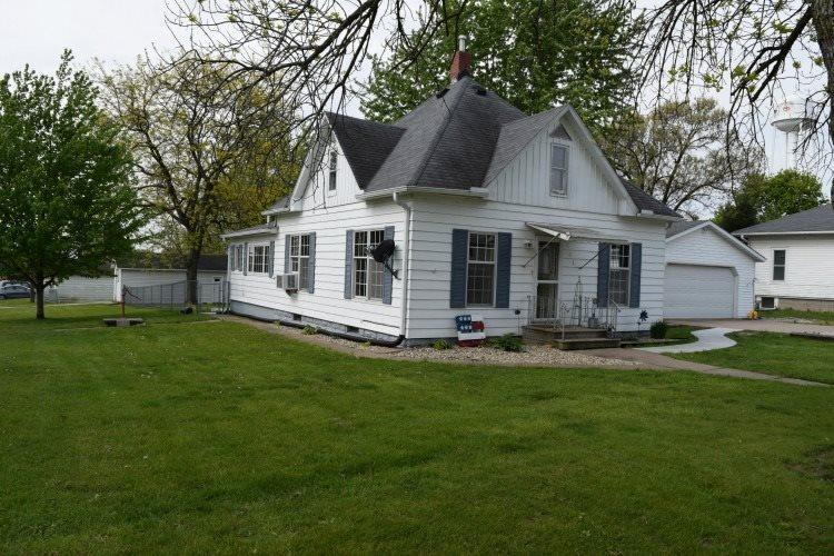 Photo of 401  3RD Street  Matherville  IL