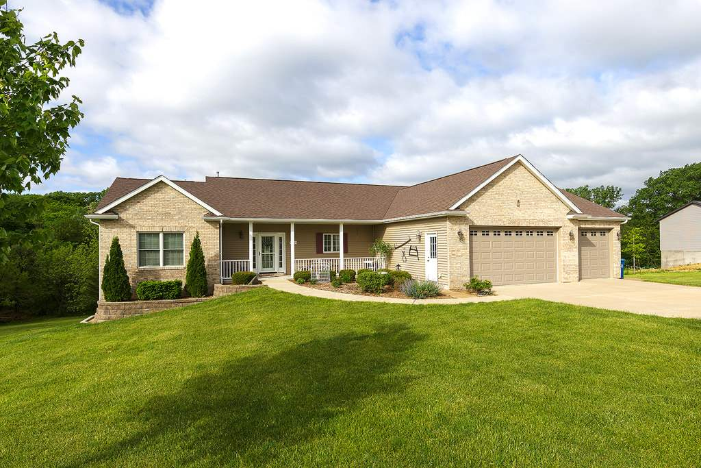 Photo of 9259  114TH Street  Blue Grass  IA