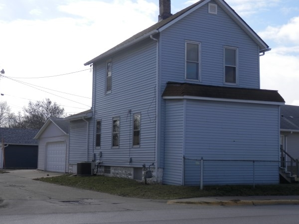 Photo of 910  18TH Avenue  Rock Island  IL