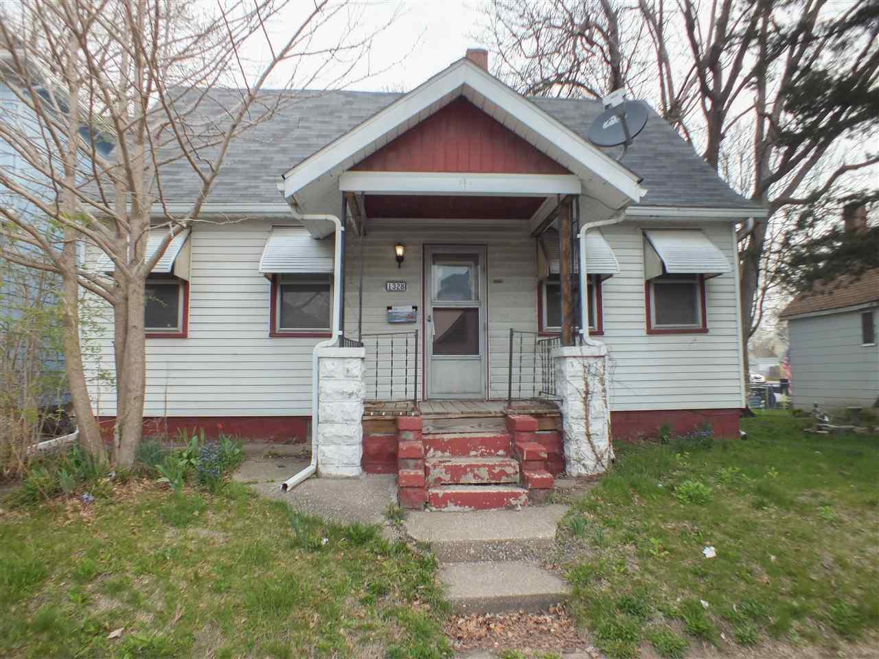 Photo of 1328 W 13TH Street  Davenport  IA