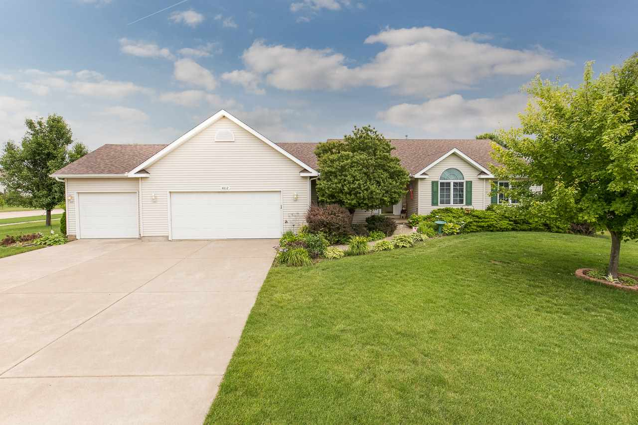Photo of 4812  WHITE POST Road  Bettendorf  IA
