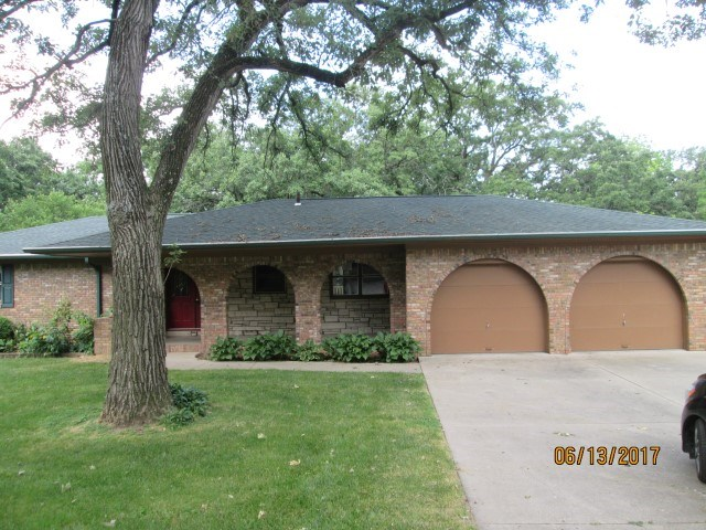 Photo of 425  OVERLOOK Court  Geneseo  IL
