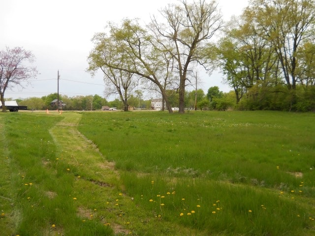 7707 121st St W Andalusia, IL 61232