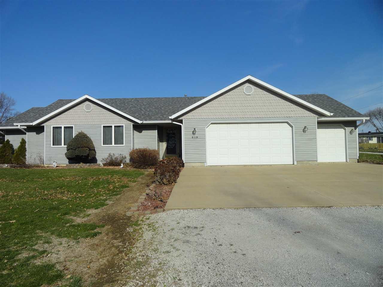 619 Oak Andover, IL 61233
