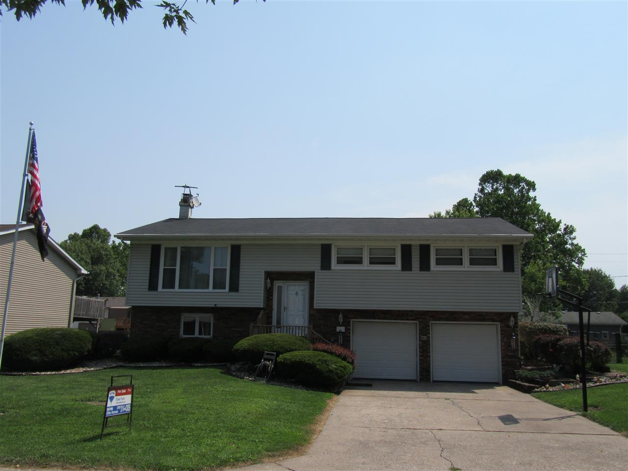 223 8th St W Street Andalusia, IL 61232