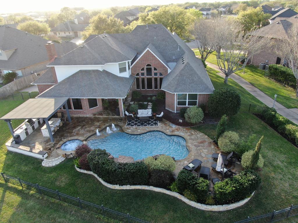 302 Edgewater, Victoria, Texas