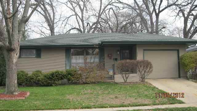 323 N Bellaire Ave, Freeport, IL 61032