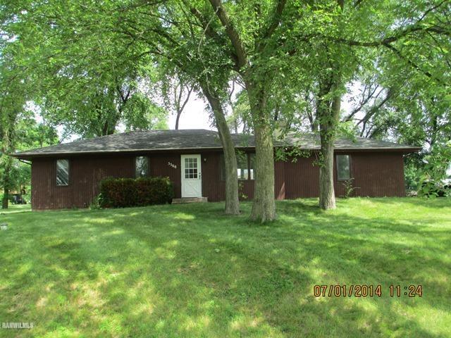 5568 Gray Eagle Rd, Roscoe, IL 61073