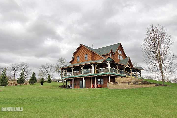 Real Estate for Sale, ListingId: 32991158, Freeport,IL61032