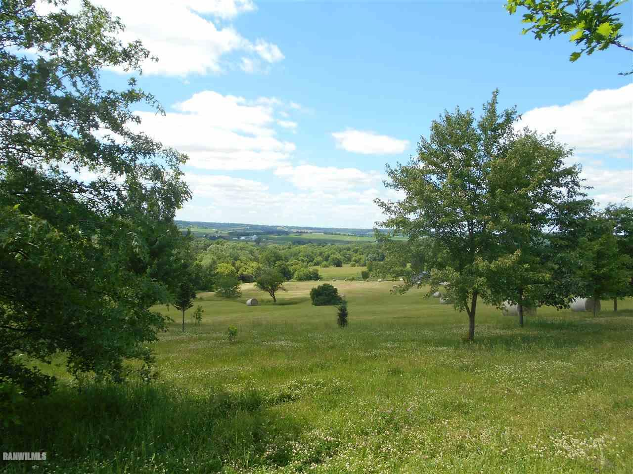 Image of Acreage for Sale near Elizabeth, Illinois, in Jo Daviess County: 25 acres