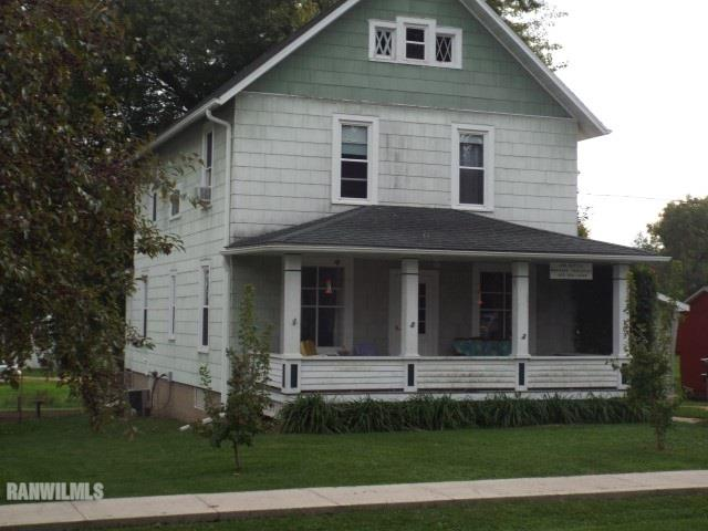 Photo of 103 E Walnut  Apple River  IL