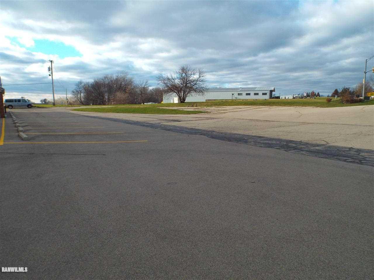 Image of  for Sale near Galena, Illinois, in Stephenson County: 1 acres