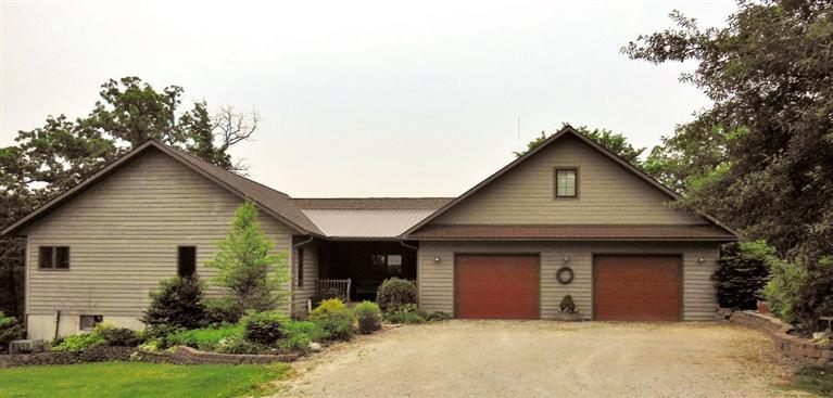 Image of Residential for Sale near Batavia, Iowa, in Jefferson county: 5.00 acres