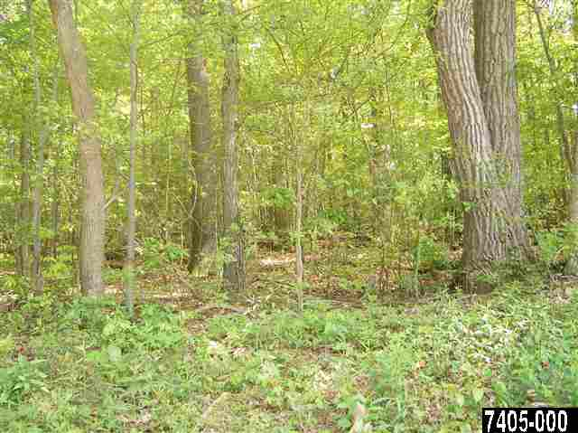 Sportsman Club Rd, Spring Grove, PA 17362