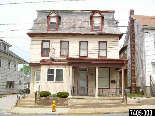55-57 E Main St, Dallastown, PA 17313