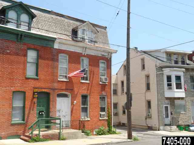 247 N Newberry St, York, PA 17401