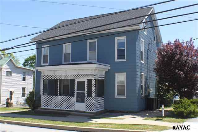 165 S Main St, Seven Valleys, PA 17360