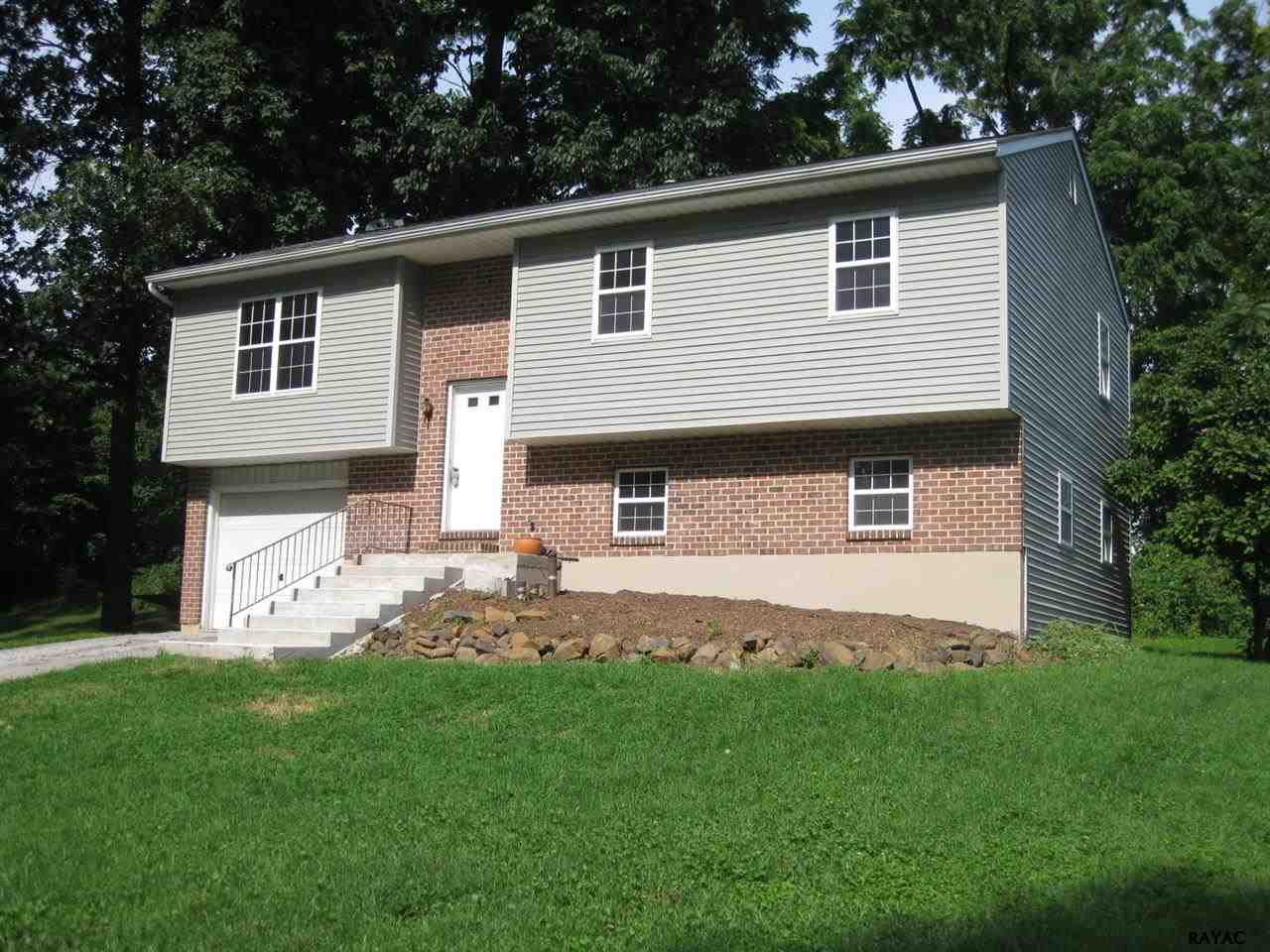265 Pleasant Acres Rd, York, PA 17402