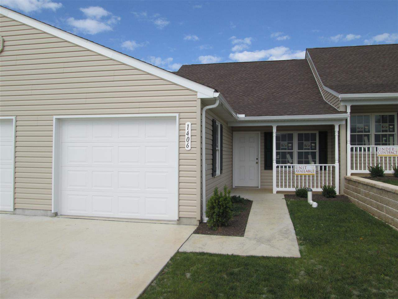 1406 Chami Dr, Spring Grove, PA 17362