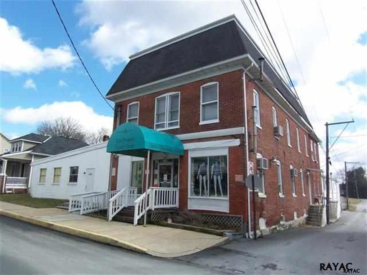 16 Maple Street, East Prospect, PA 17317