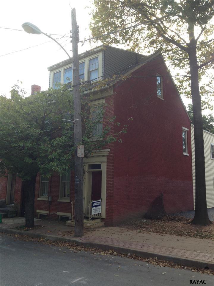 364 W Princess St, York, PA 17401