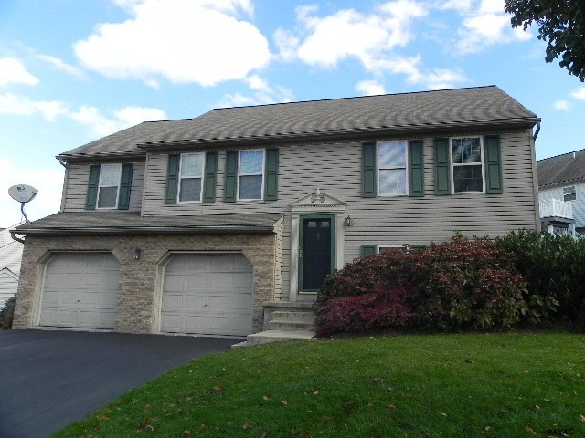 210 Wimbleton Way, Red Lion, PA 17356