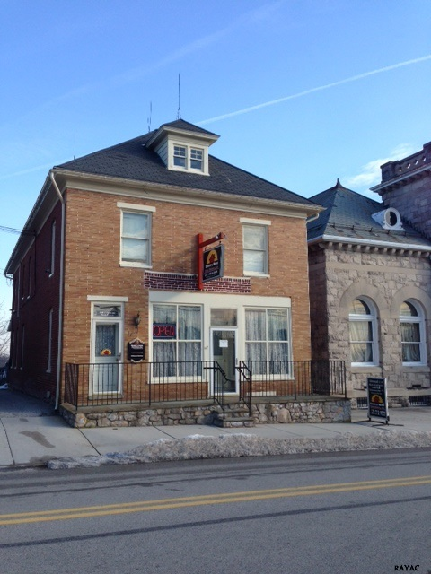 15-19 N Main St, Stewartstown, PA 17363