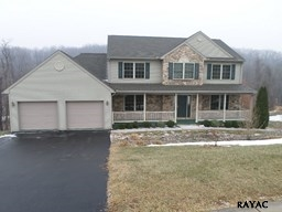 25 Percheron Dr, York, PA 17402