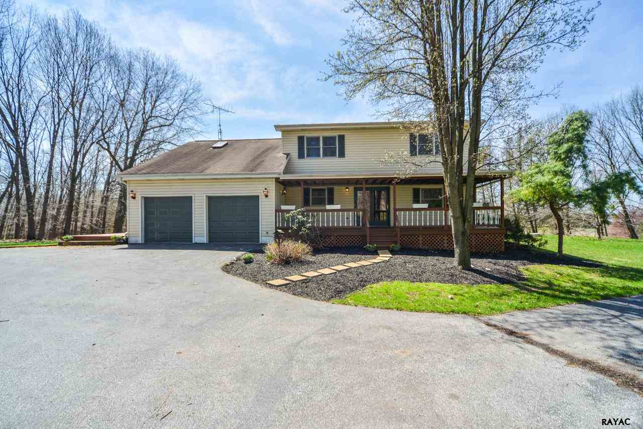 45 Van Cleve Rd, New Oxford, PA 17350