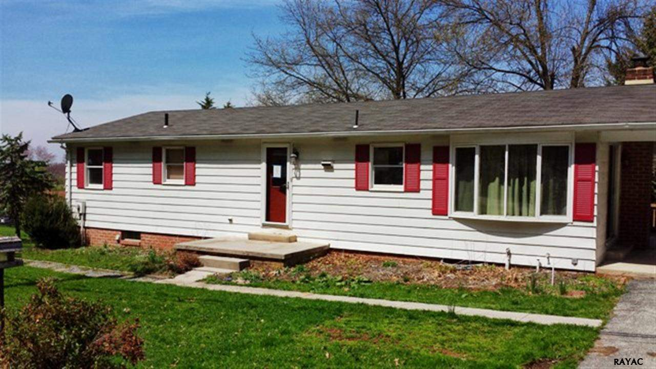 8787 Maple Grove Rd, Abbottstown, PA 17301
