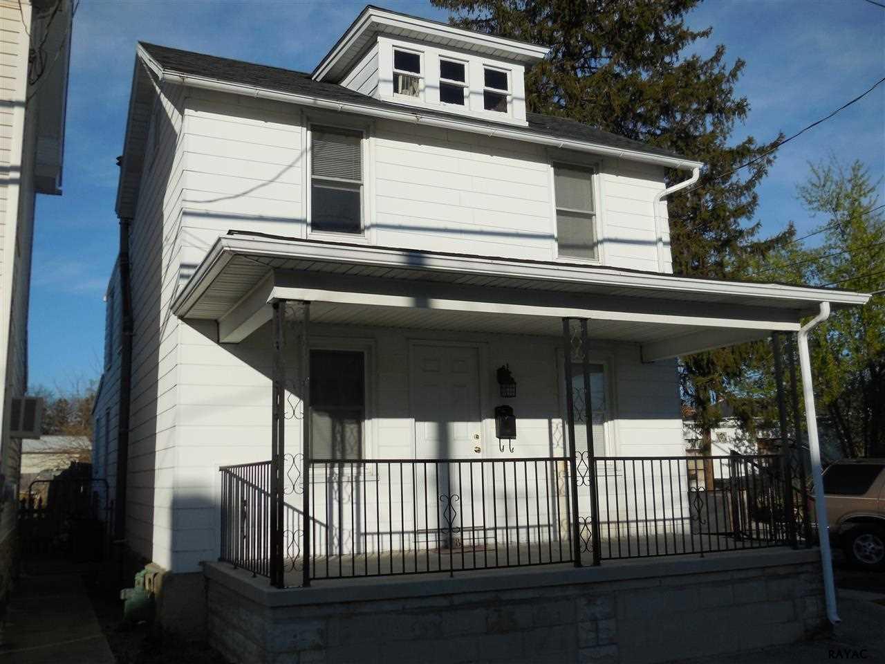 18 N 6th St, McSherrystown, PA 17344