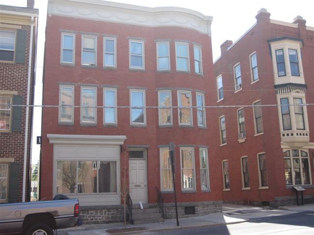 122 Baltimore St, Gettysburg, PA 17325