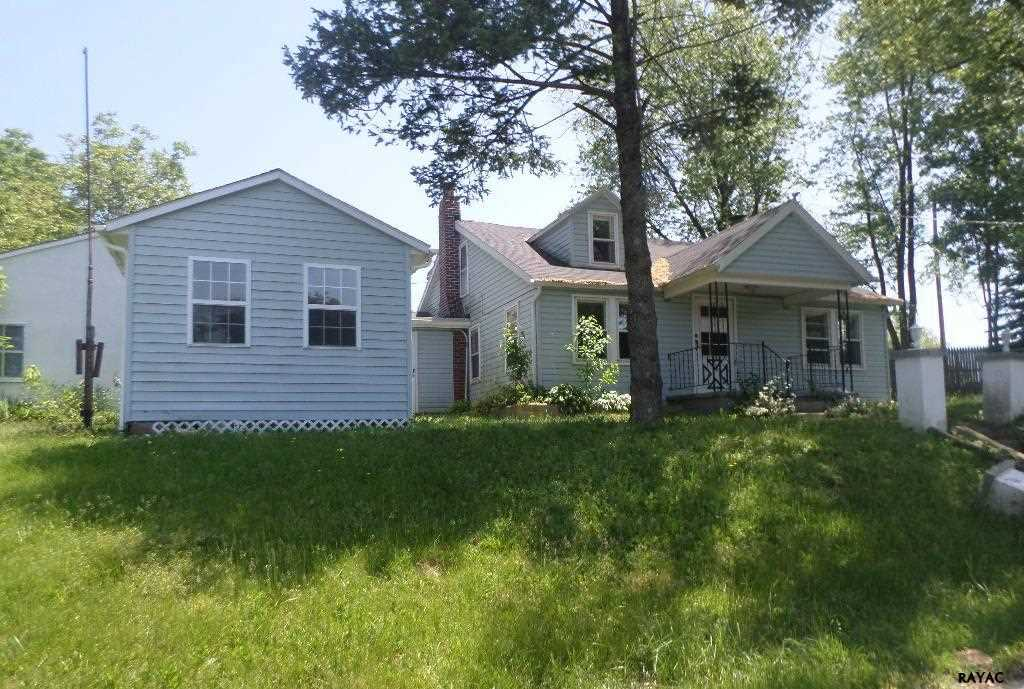 92 Crest Hill Ln, Red Lion, PA 17356
