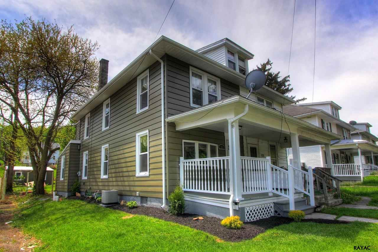 833 York St, Mount Wolf, PA 17347