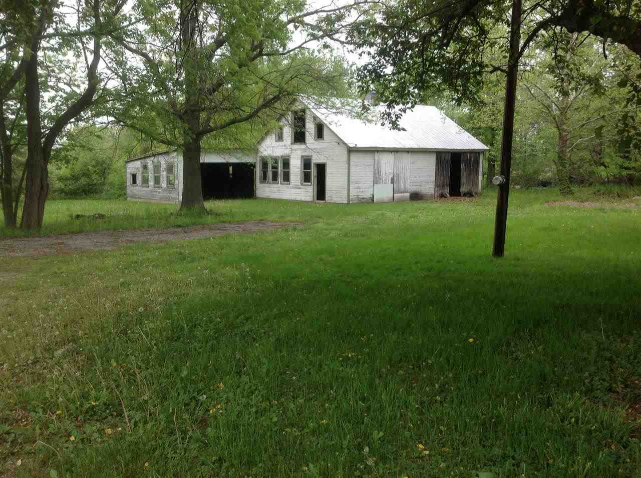 1858 Fish & Game Rd, Littlestown, PA 17340