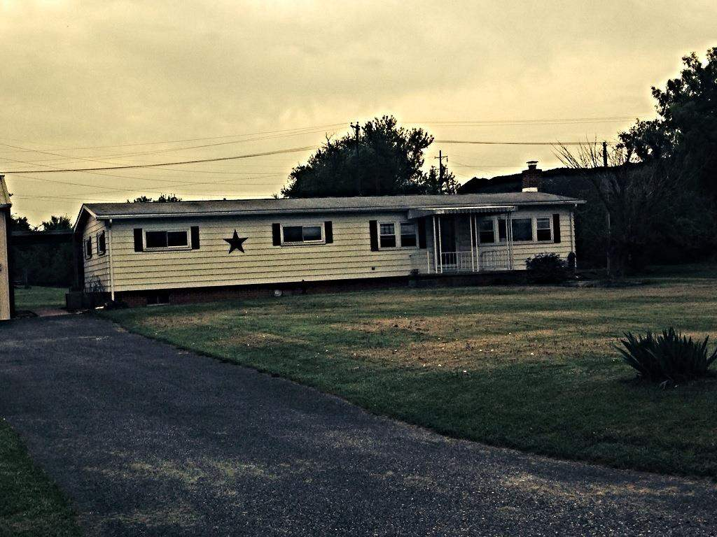 2505 Lemon St, York, PA 17408