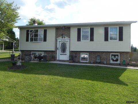 38 Apple Ln, Arendtsville, PA 17307