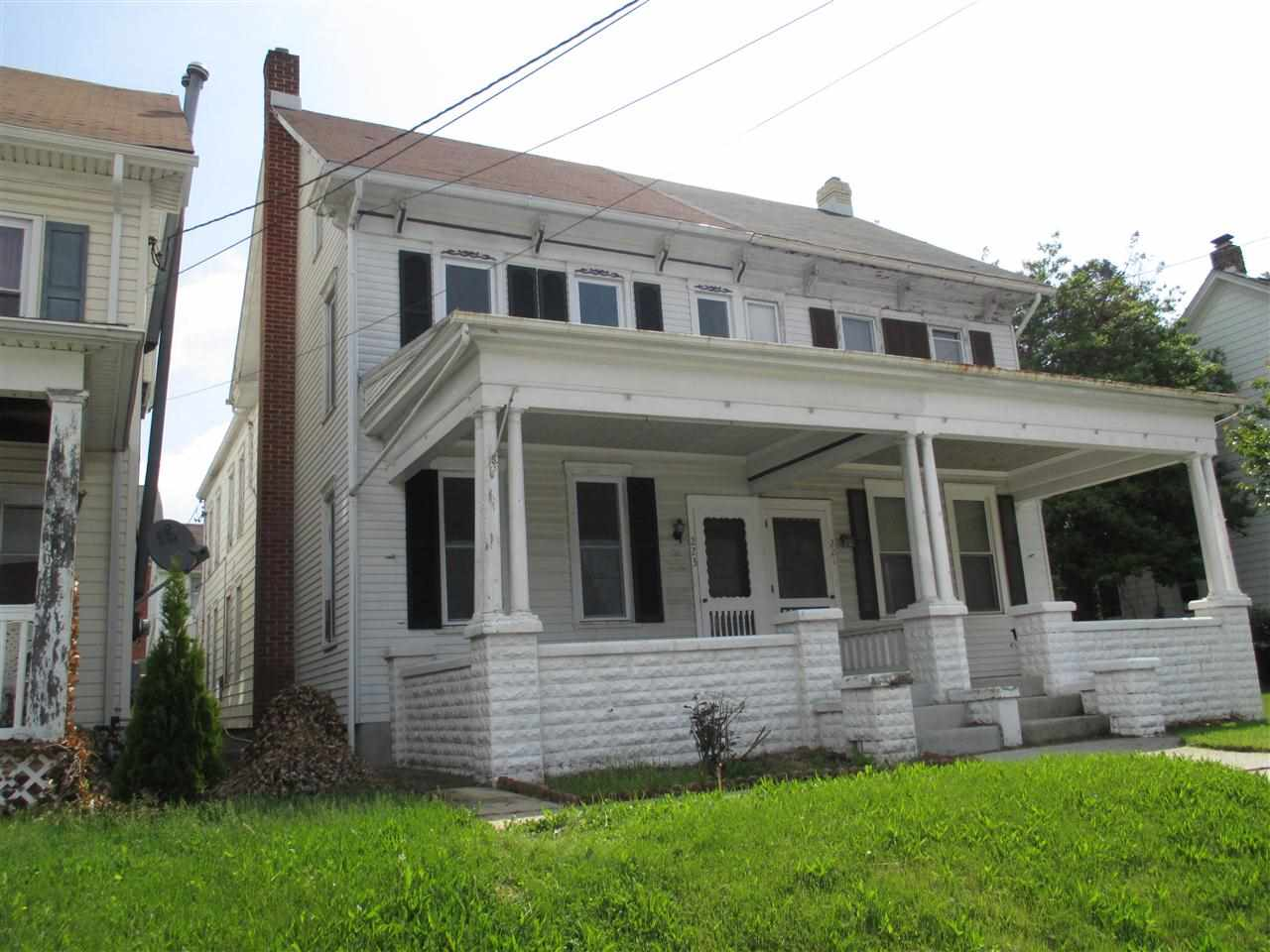 223 N Main St, Red Lion, PA 17356