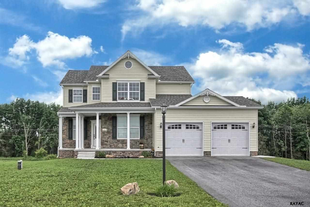168 Springfield Dr, New Oxford, PA 17350