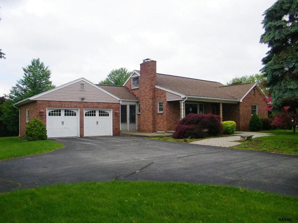 2342 Grantley Rd, York, PA 17403