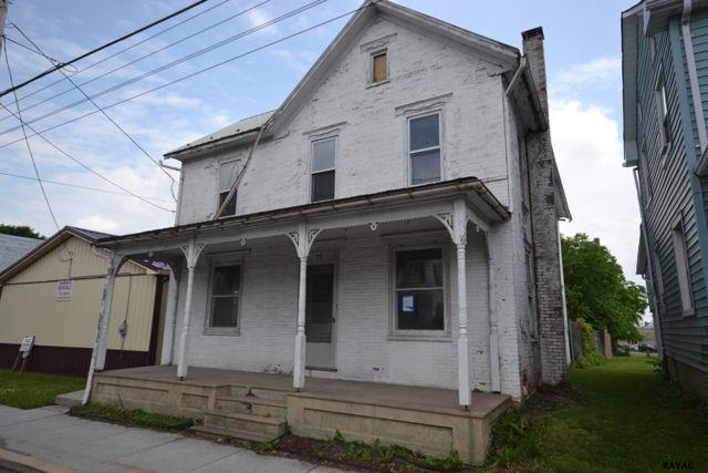 75 E York St, Biglerville, PA 17307