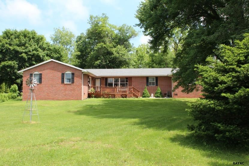 785 Zarger Rd, Greencastle, PA 17225