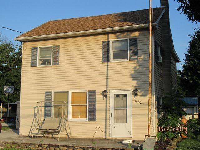 24 Maple St, Gettysburg, PA 17325